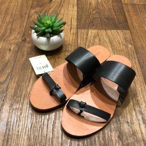 ✨New✨ Lucky Brand Sandals